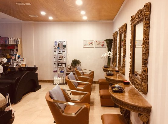 About Tommy Hair Salon